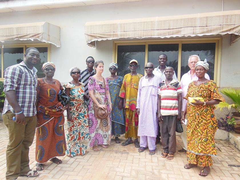 Gruppenfoto: Maschenka Jennert in Ghana